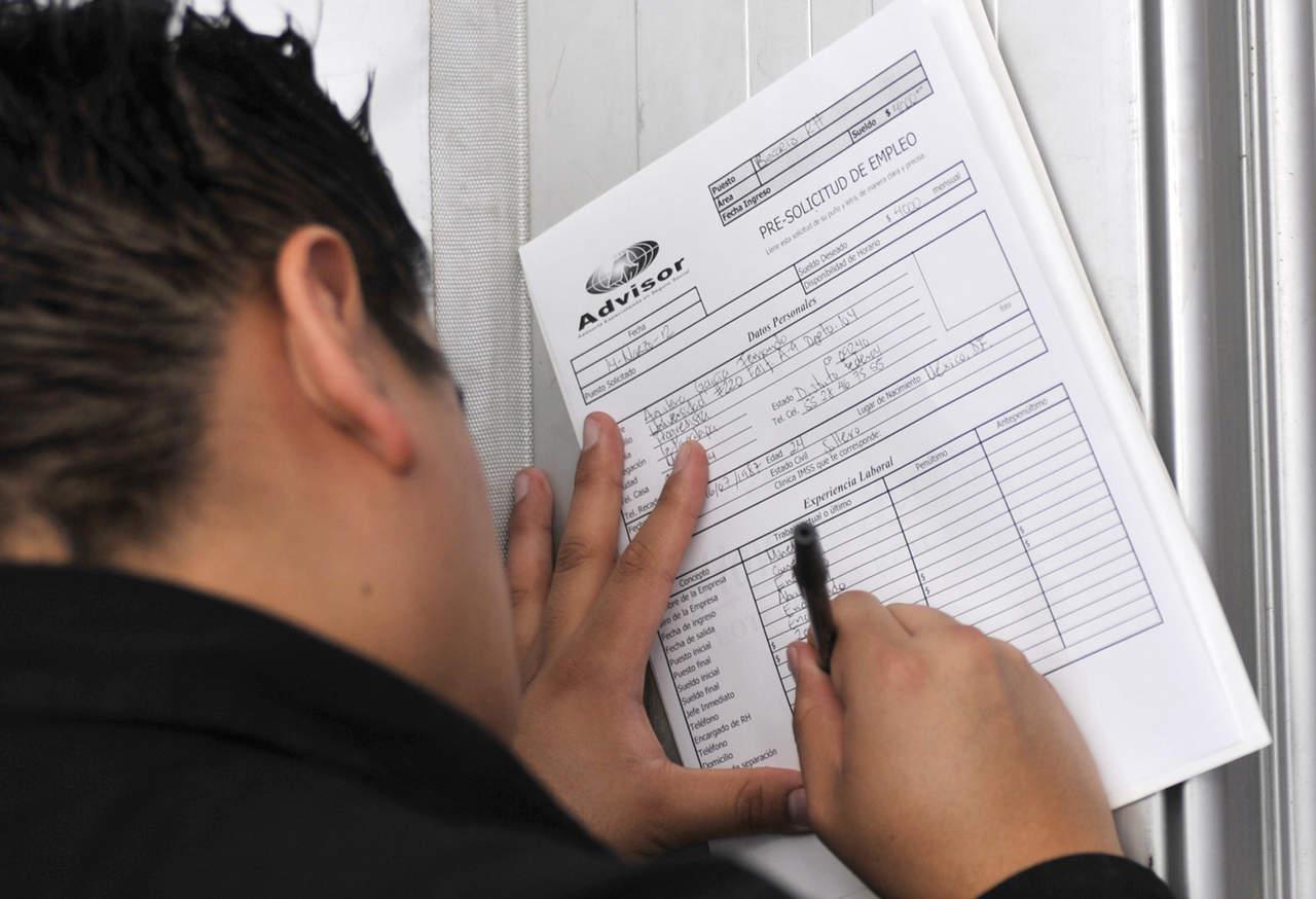 En desempleo, 1.9 millones de personas: Inegi